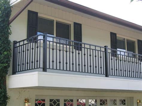 creative porch railing Future House en 2019 Barandales