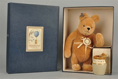 john wright winnie  pooh  bee  honey pot