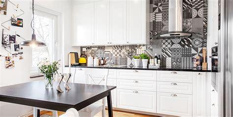 cuisine carreaux cuisine moderne grise et et blanche