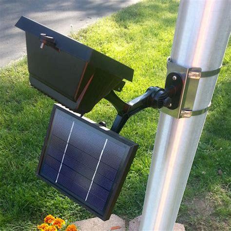 commercial solar flood light flagpole light greenlytes