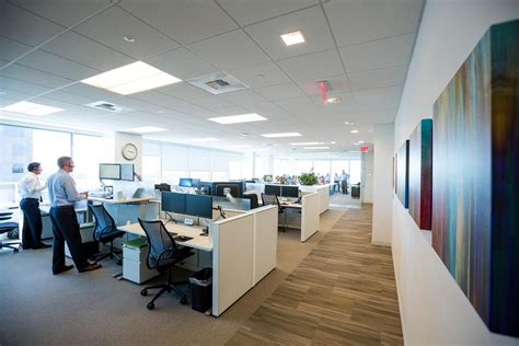 Cbre Employee Help Desk by Wide Open Spaces Comstock S Magazine
