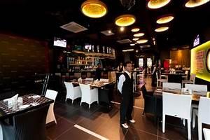 Bar A Roulette : happy hour picture of the roulette restaurant bar petaling jaya tripadvisor ~ Teatrodelosmanantiales.com Idées de Décoration