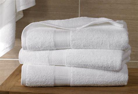 how to wash towels bath towel shop hton inn hotels