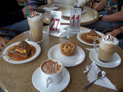 The chain currently has over 100 stores. Sweet & Coffee, Quito, Ecuador. YUM. Corrie....cheesecake! :0) (With images) | Sweet coffee, Yum ...
