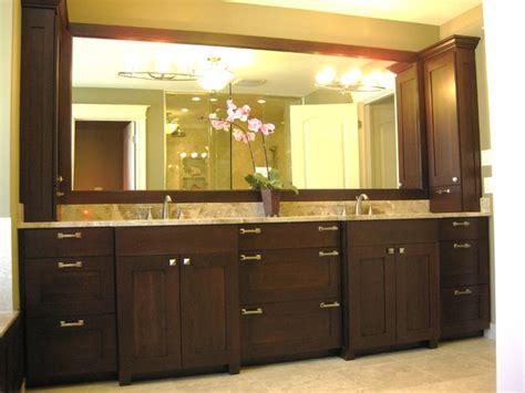 Bathroom Vanity Tower Ideas by Master Bathroom Double Vanity Traditional Bathroom