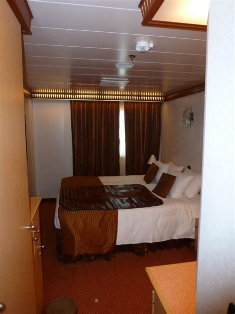 Carnival Dream Cruise Review For Cabin 7203