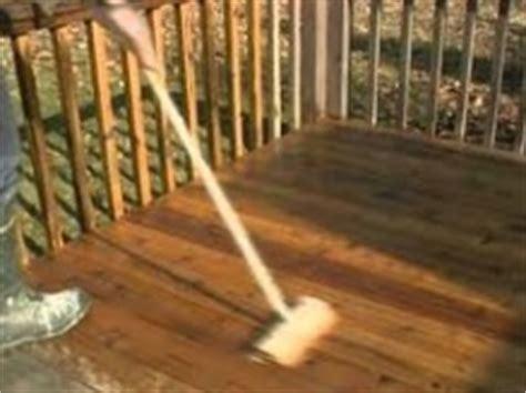 nettoyer une terrasse en bois tout pratique