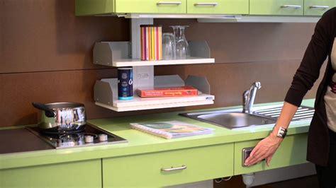 hauteur meuble haut cuisine le meuble haut avec systèmes élévateurs motorisés