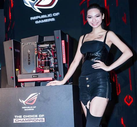 asus republic of gamers launches epic gaming equipment at computex 2014