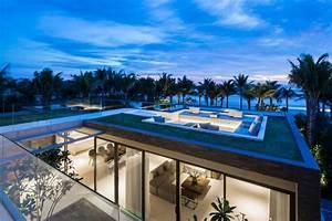 Villa design avec piscine sur le toit