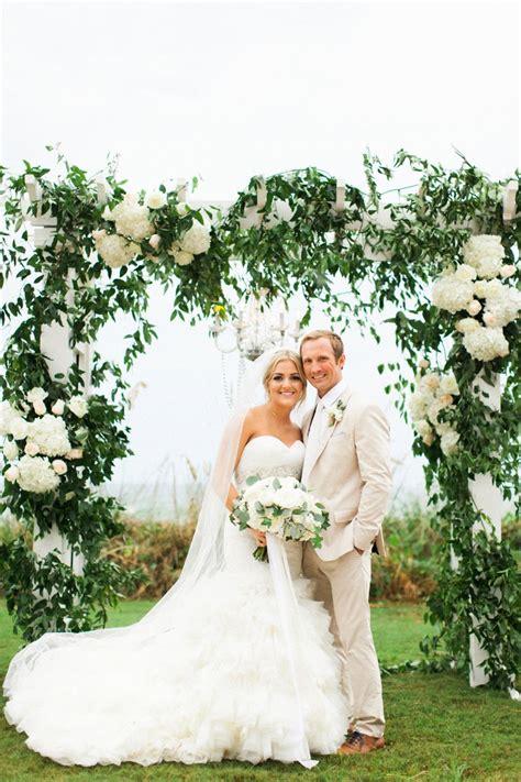 elegant blush white beach wedding   detail