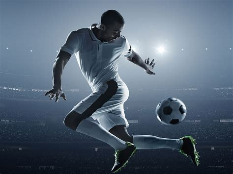 soccer training  exercises  strengthen  core