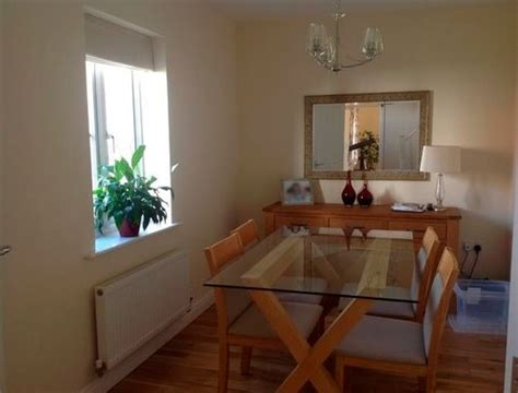 facing dining room what colour