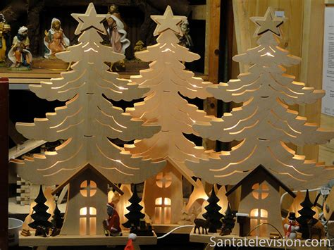 photo wooden decorations in seiffen in germany