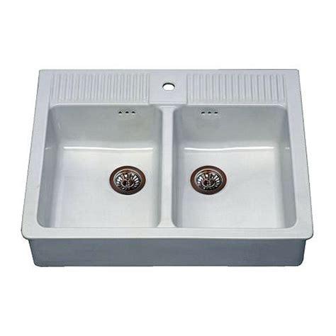 lavello ceramica cucina installare un lavello cucina di ceramica su staffe