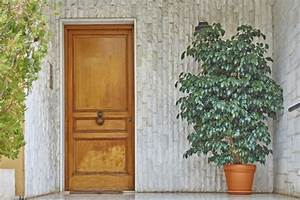 prix dune porte dentree en bois budget maisoncom With prix d une porte d entree en bois