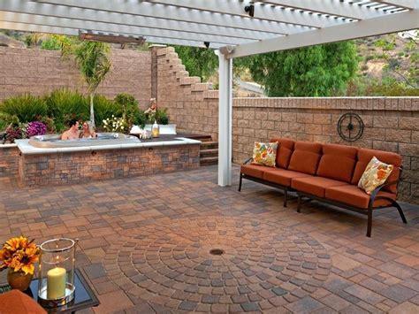 small patio designs with pavers decor backyard paving ideas mobiledave me