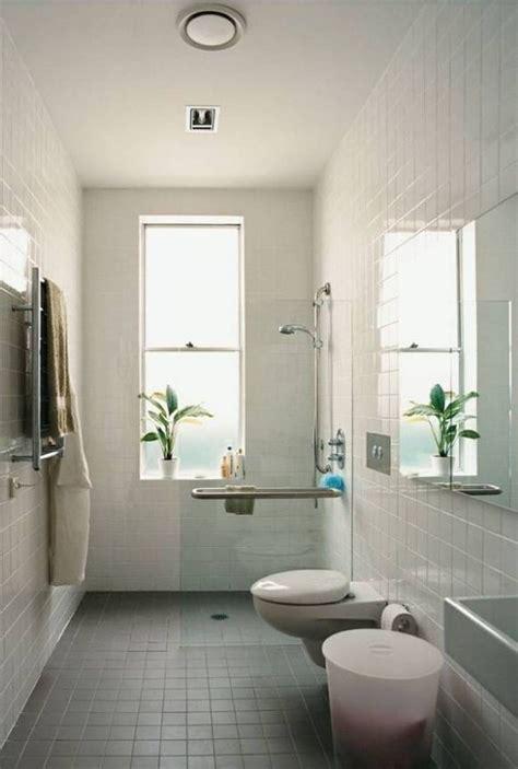 Narrow Bathroom Design by 1000 Ideas About Small Narrow Bathroom On
