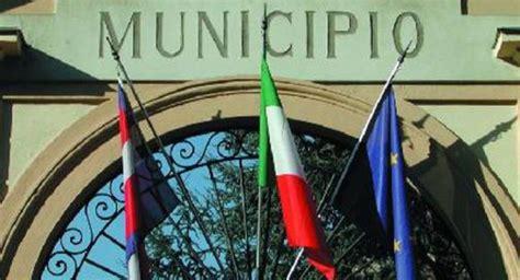 ufficio anagrafe montebelluna comuni scatta l obbligo di fusione per i pi 249 piccoli