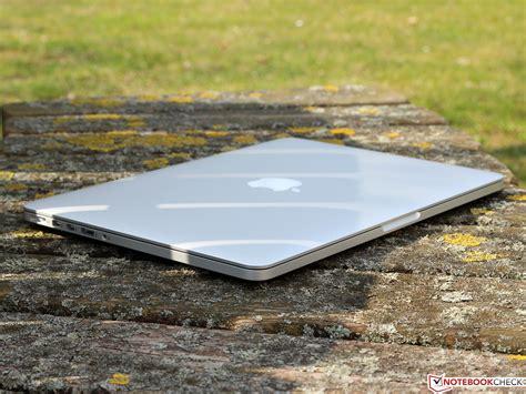 MacBook Air - Apple (RU)