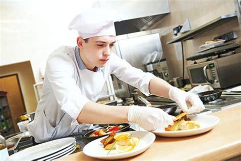 devenir commis de cuisine salaire formation fiche m 233 tier