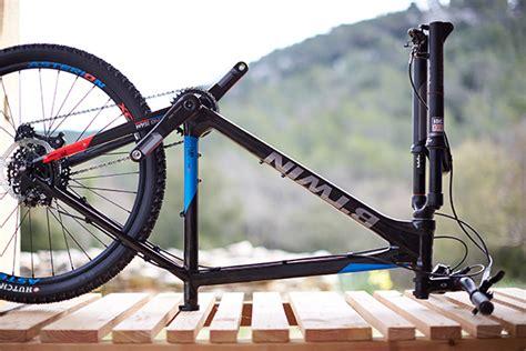 vtt tubeless ou chambre à air comment réparer un pneu de vélo crevé