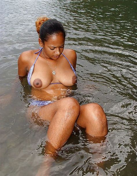 Hairy Indian Housewife Swims Nude In The River Jack Off