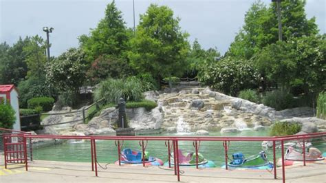 Bumper Boats Near Me by Summer In Tomball Tx See For Money Saving Tip