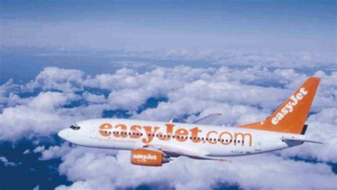 easyjet siege easyjet lance un nouveau service payant choisir siège