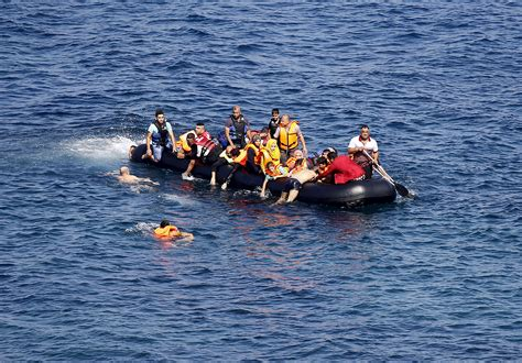Overcrowded Refugee Boat by Refugee Crisis Update 13 Die Off Turkey Hungary Reopens