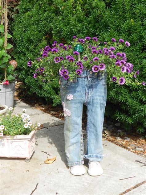 mind blowing diy ideas   jeans turn  unique