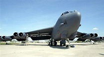 American B-52 bomber hits ISIS weapons facility in Iraq ...