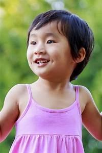 Coupe De Cheveux Fillette : coupe de cheveux enfant fille ~ Melissatoandfro.com Idées de Décoration