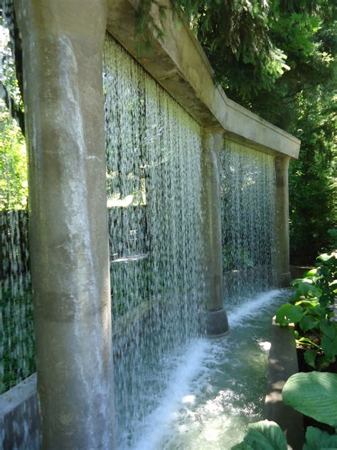 water walls spectacular garden water wall ideas garden lovers club