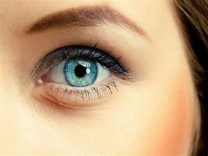 Light Blue Coloured Lenses (Blends) Contacts | Good ...