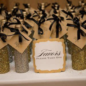 edible wedding favors  guests wont leave