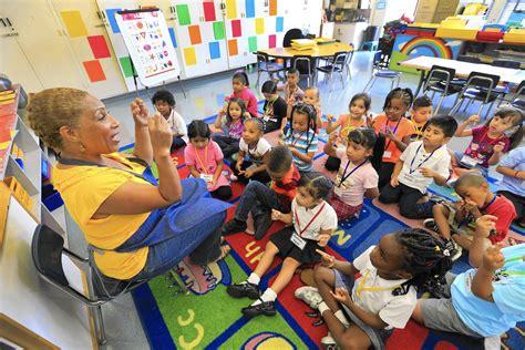 understanding l a unified s new pre kindergarten programs 687   la me lausd kindergarten 20150901