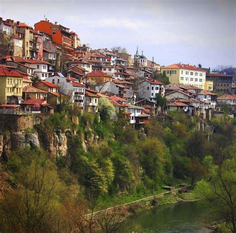 Top 15 Most Stunning Cliffside Towns And Villages > Freeyork