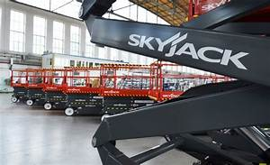 Skyjack Units Keep Polish Aircraft In Top Shape