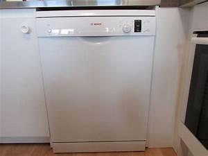 Lave Vaisselle Bosh : lave vaisselle four clasf ~ Melissatoandfro.com Idées de Décoration