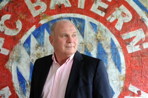 Januar 1952 in ulm) ist ein ehemaliger deutscher fußballspieler und stellvertretender vorstandsvorsitzender der fc bayern münchen ag. Prison ferme pour Uli Hoeness