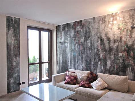 pittura soggiorno parete soggiorno in spatolato materico nero argento