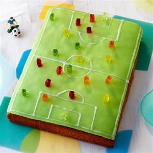 Fußball Torte Rezept : fu ballfeld torte rezept mit bild k cheng tter ~ Lizthompson.info Haus und Dekorationen