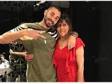 Karim Benzema pose avec sa mère pour son anniversaire La
