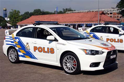 jenis kereta mitsubishi polis pakai mitsubishi evo x sebagai kereta peronda