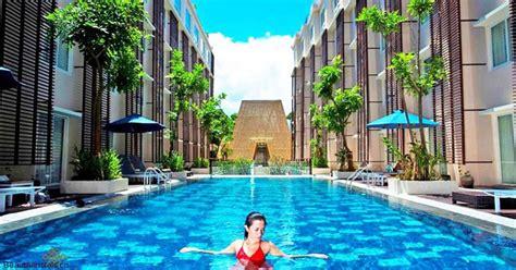 kamar hotel  bali  akses langsung  kolam