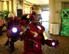 anthony le iron vii costume with the specs by