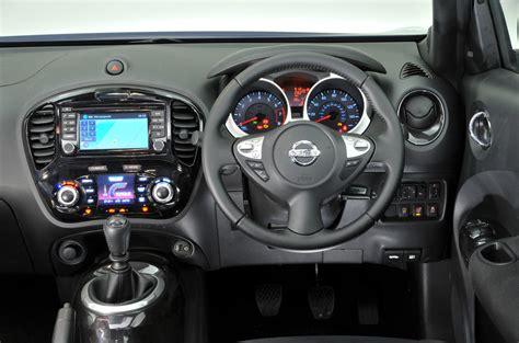 nissan juke interior nissan juke review 2017 autocar