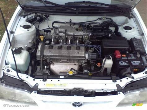 toyota car engine toyota engine photo 10 amazing photos cars in india