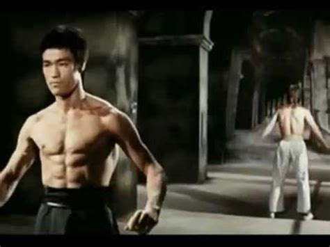chuck norris and bruce lee fight famous badass fight bruce lee vs chuk norris enter the